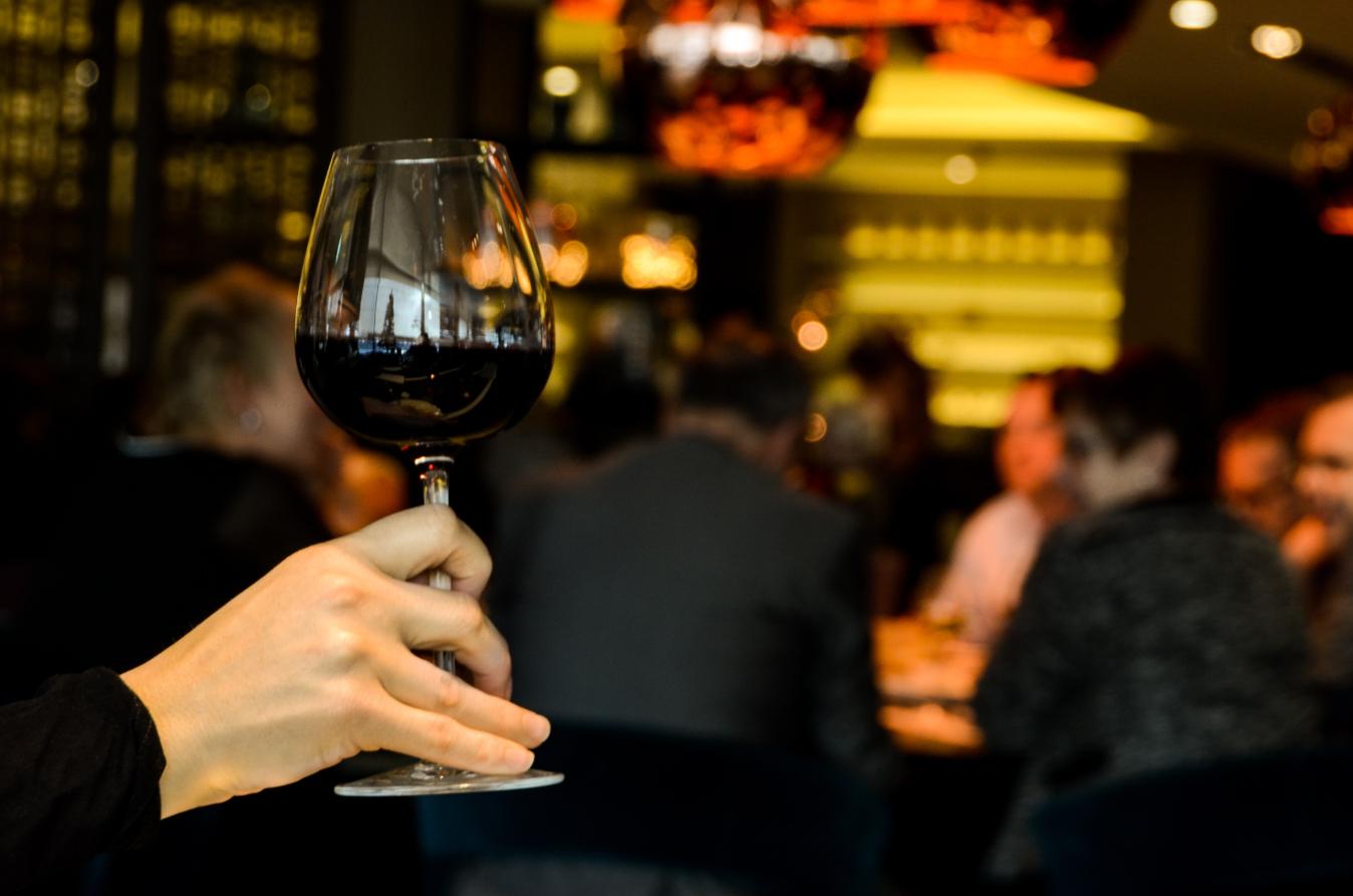 alcohol-alcoholic-dinner-4224